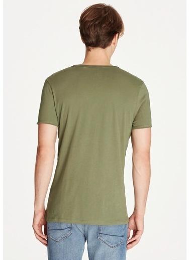 Mavi Erkek  Basic Tişört 062772-30721 Yeşil